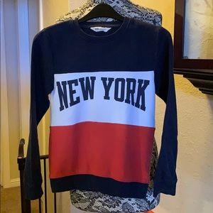 H&M Boys New York sweatshirt size 8